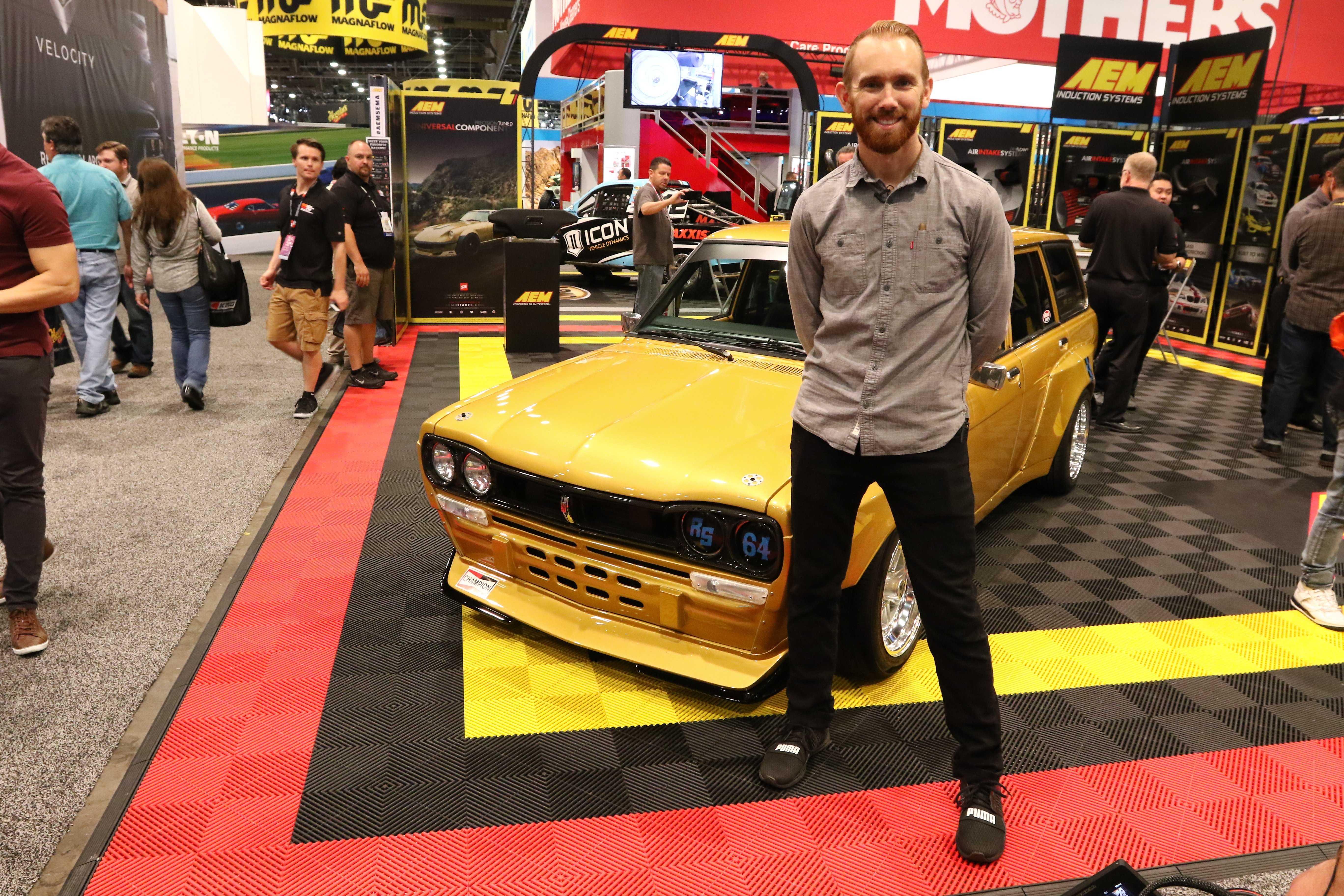 Wide-Body Datsun Wagon by Chris Forsberg