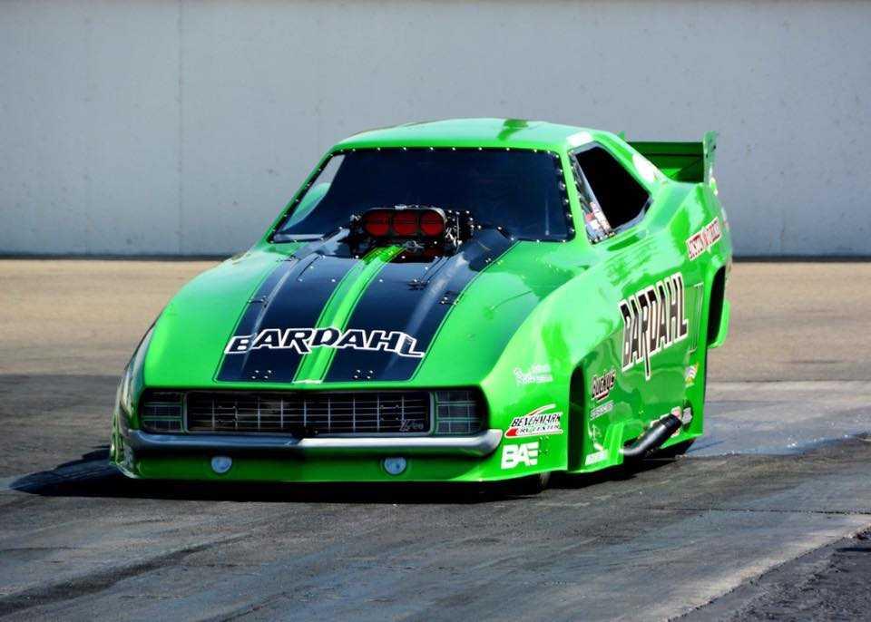 Bucky Austin's Nitro-Drinking and Championship-Winning Nostalgia Funny Car