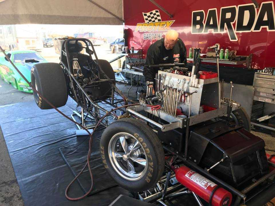 Austin and O'Brien Racing Take Funny Car Title At March Meet Drags